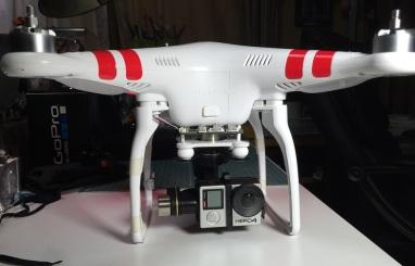 GoProHero4をPhantom2に取り付けてみました。